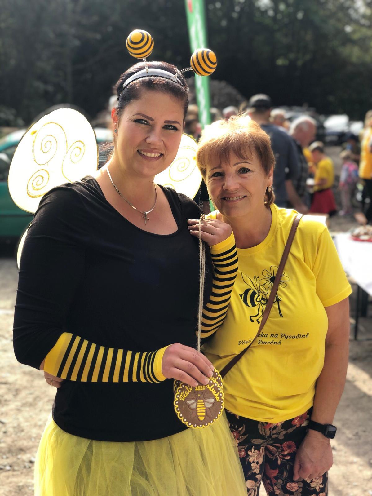 účastnice včelí stezky